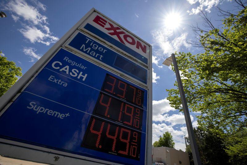 الوقود يوشك على النفاد في واشنطن حتى بعد استئناف كولونيال بايبلاين عملياتها