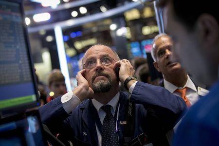 Borse Europa attese in calo, pesano multe a grandi banche