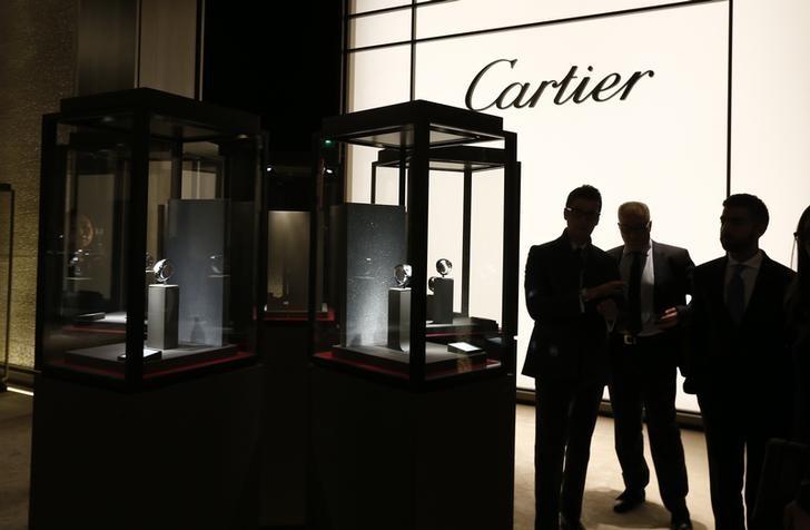 Zögerliche Kunden bremsen Luxusgüterkonzern Richemont