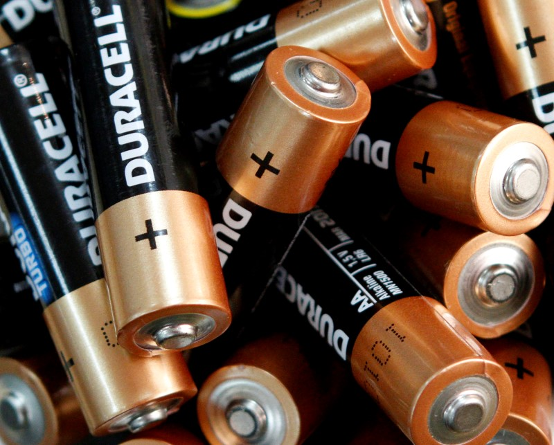 Energizer lawsuit over Duracell's pink bunny can keep going