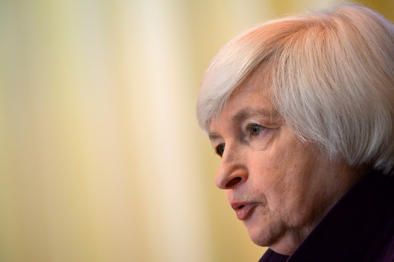 © Reuters. Federal Reserve Chair Yellen addresses the World Affairs Council of Philadelphia in Pennsylvania