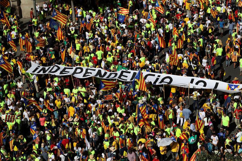 © Reuters. La patronal CEOE apoya