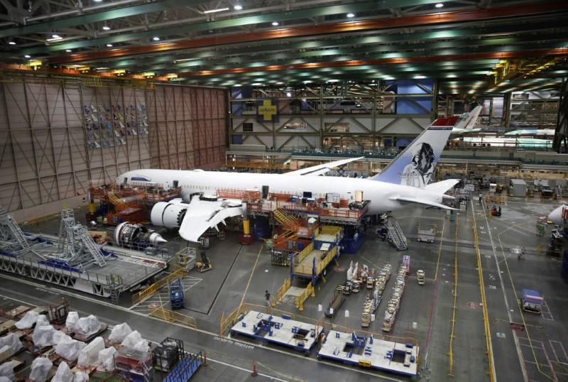 © Reuters. BOEING VA ACCÉLÉRER LA PRODUCTION DU 787 DREAMLINER EN 2019