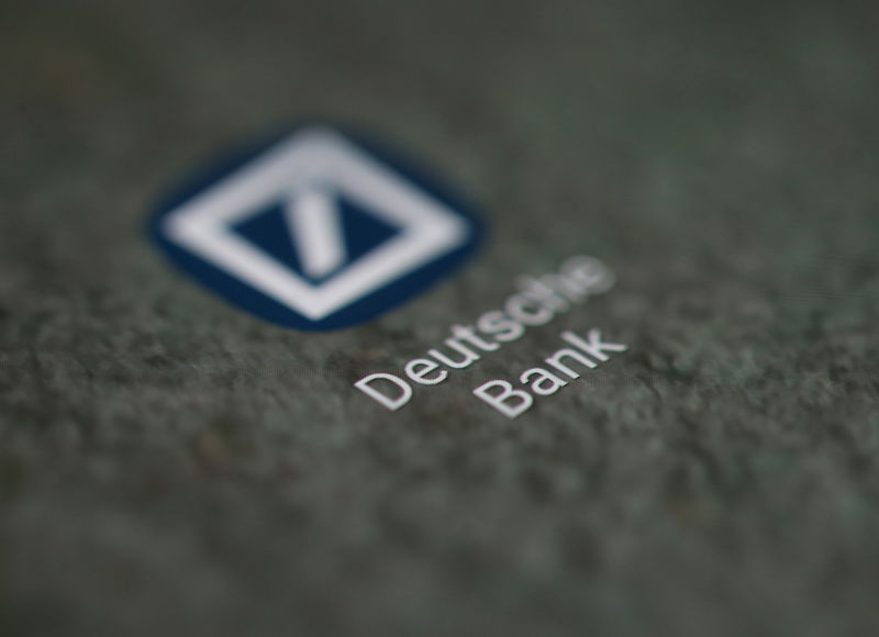 © Reuters. The Deutsche Bank app logo is seen on a smartphone in this illustration