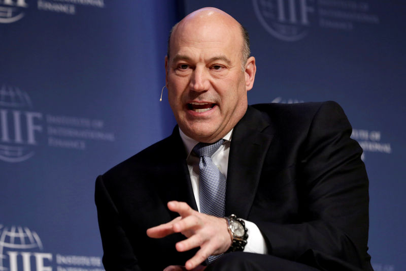 © Reuters. FILE PHOTO: National Economic Council Director Gary Cohn speaks at 2017 Institute of International Finance (IIF) policy summit in Washington