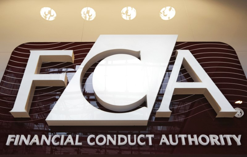 © Reuters. The logo of the new Financial Conduct Authoritу is seen at the agencу's headquarters in the Canarу Wharf business district of London