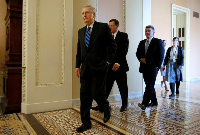 © Reuters. Senate Majority Leader Mitch McConnell arrives for a news conference on Capitol Hill in Washington