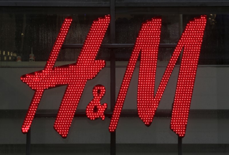 © Reuters. H&M ANTICIPE UNE HAUSSE DE SES BÉNÉFICES EN 2018