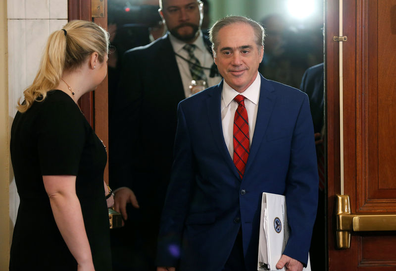 © Reuters. U.S. Secretary of Veterans Affairs David Shulkin arrives to testify to the House Veterans' Affairs Committee on the VA's budget request for FY2019 on Capitol Hill in Washington