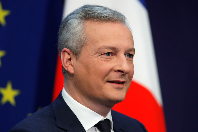 © Reuters. French Finance Minister Bruno Le Maire attends a conference on