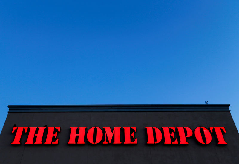 © Reuters. FILE PHOTO:  The logo Home Depot is seen in Encinitas, California