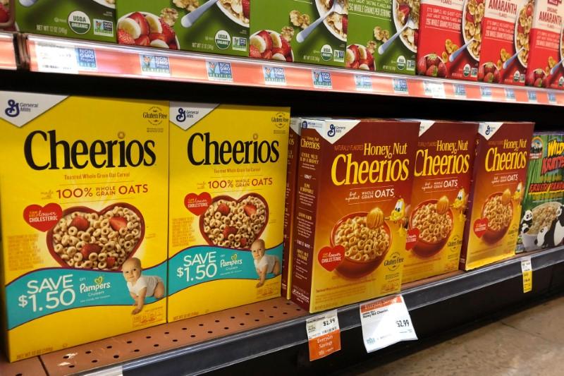 © Reuters. Amazon baja precios de Whole Foods para clientes de Prime en nueva guerra en alimentación