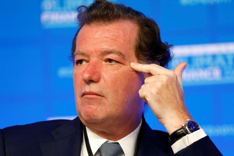 © Reuters. LAURENT MIGNON PREND LA PRÉSIDENCE DU CONSEIL DU CRÉDIT FONCIER