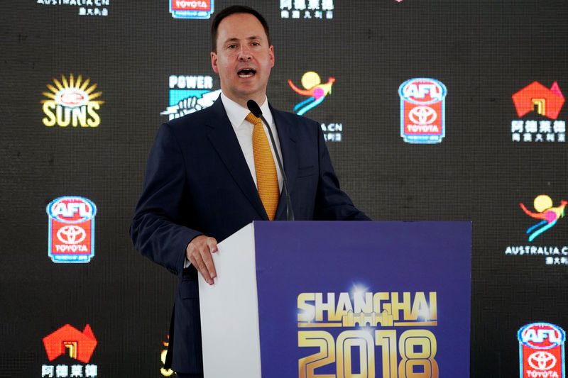 © Reuters. FILE PHOTO: Australian Minister for Trade, Tourism and Investment, Steven Ciobo, attends a news conference of an Australian Football League event in Shanghai