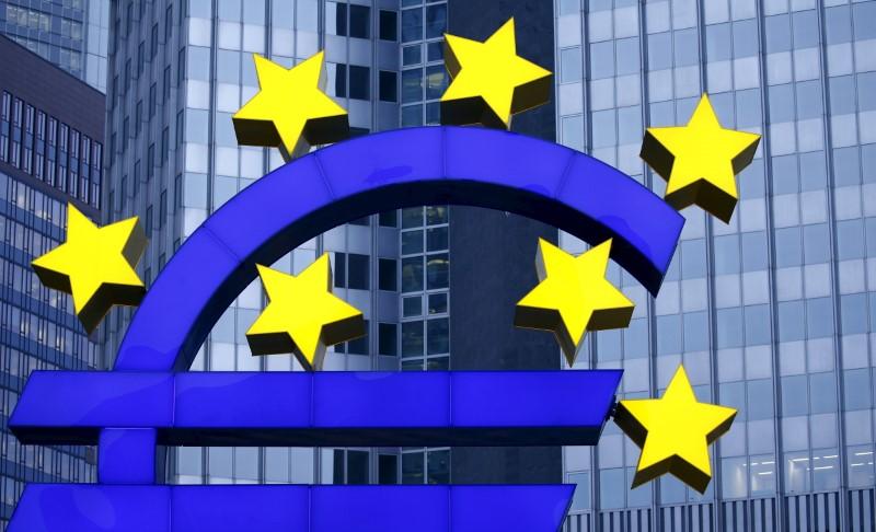 © Reuters. Cae la confianza inversora en la eurozona por Italia y los temores comerciales