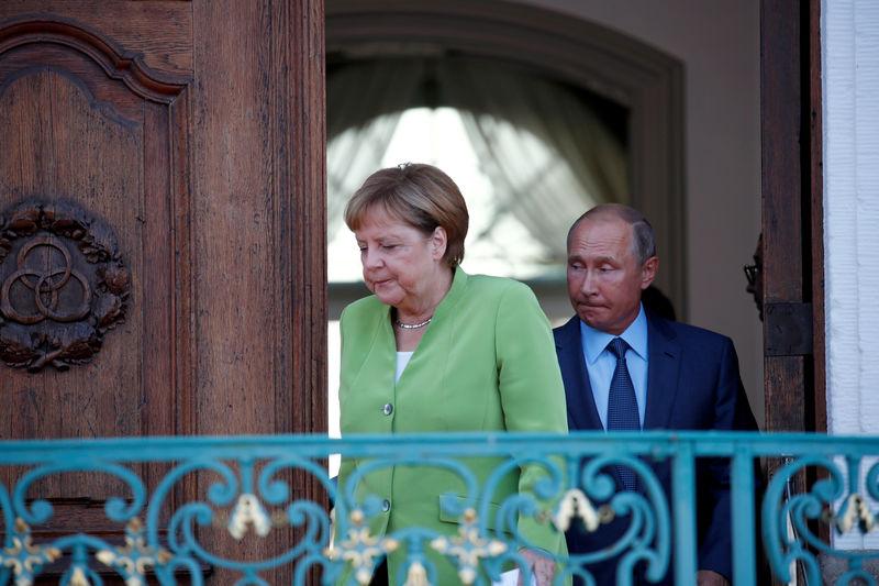 Жесткие переговоры Путина и Меркель не принесли договоренностей