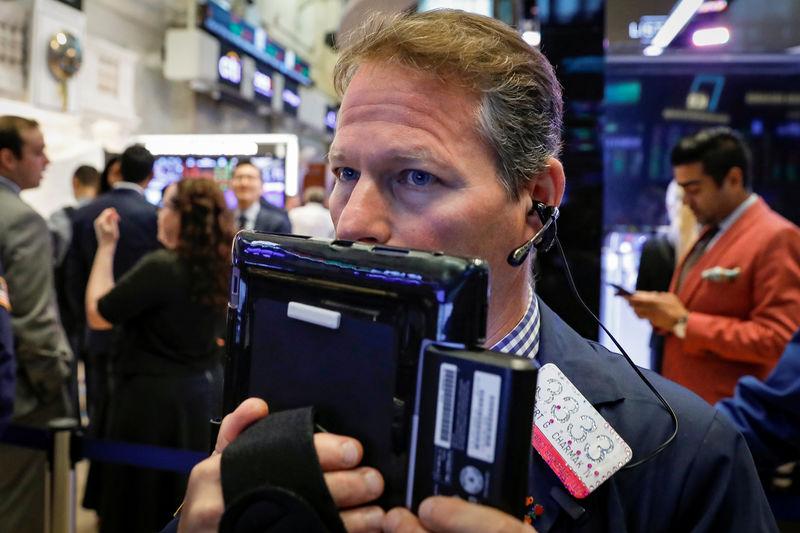 Wall Street rises on trade talk optimism