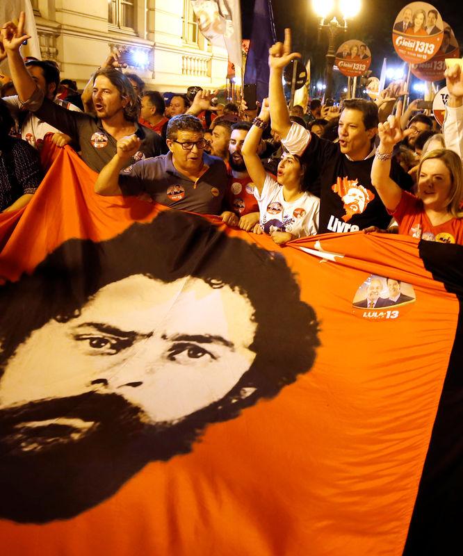 Lula finalmente autoriza troca e Haddad será anunciado candidato à Presidência na terça em Curitiba, dizem fontes