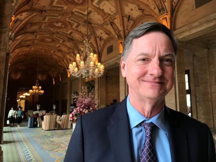 © Reuters. La política de la Fed se volverá levemente restrictiva en 2019, dice Evans