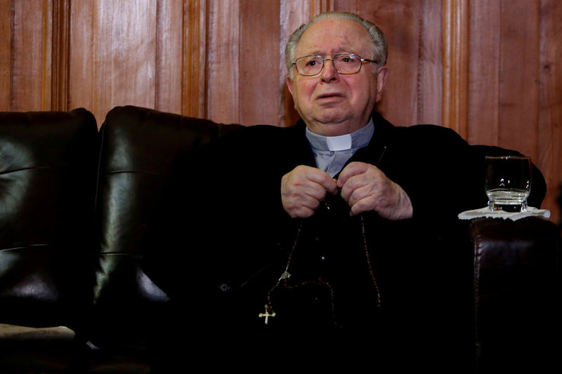 Pope defrocks priest at center of Chilean sexual abuse scandalPope defrocks priest at center of Chilean sexual abuse scandal By Reuters - 웹