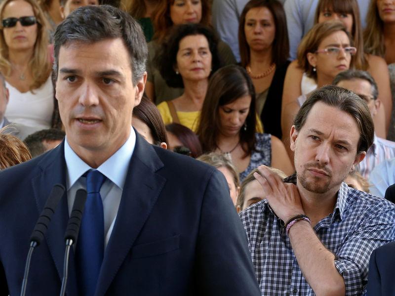 © Reuters. PSOE y Podemos llegan a un acuerdo presupuestario que necesitará más apoyos