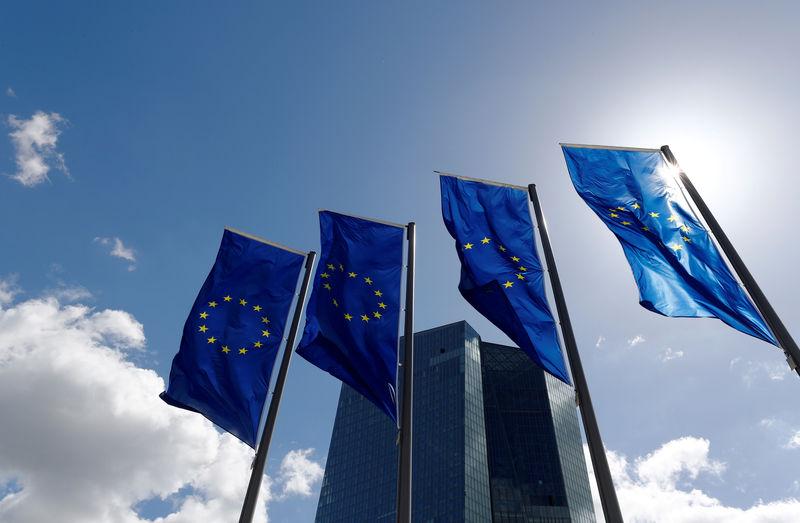 © Reuters. Los temores sobre el crecimiento no justifican modificar la estrategia del BCE