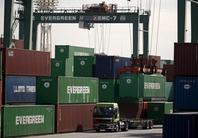 © Reuters. L'EXCÉDENT COMMERCIAL DE LA CHINE AVEC LES USA À UN NIVEAU RECORD