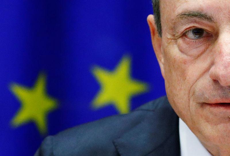 © Reuters. LES FAITS DONNENT RAISON À LA BCE; LES RISQUES AUGMENTENT
