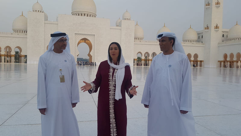 © Reuters. Israel's Culture Minister Miri Regev visits the Sheikh Zayed Grand Mosque in Abu Dhabi, United Arab Emirates