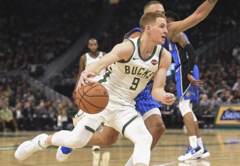 © Reuters. NBA: Orlando Magic at Milwaukee Bucks