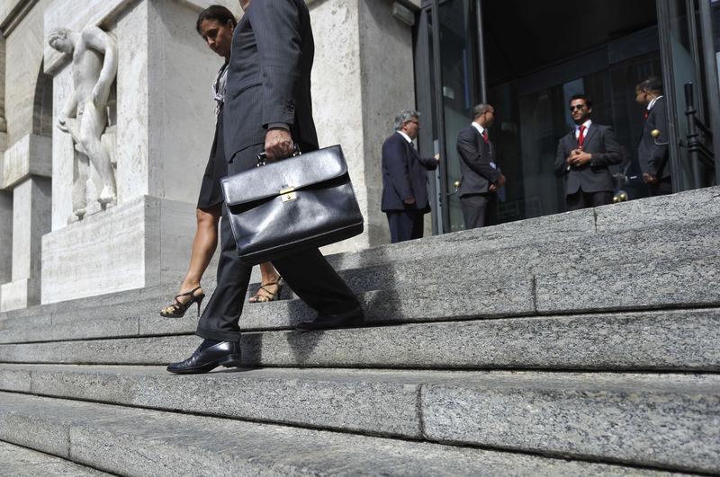 © Reuters. La sede della Borsa di Milano