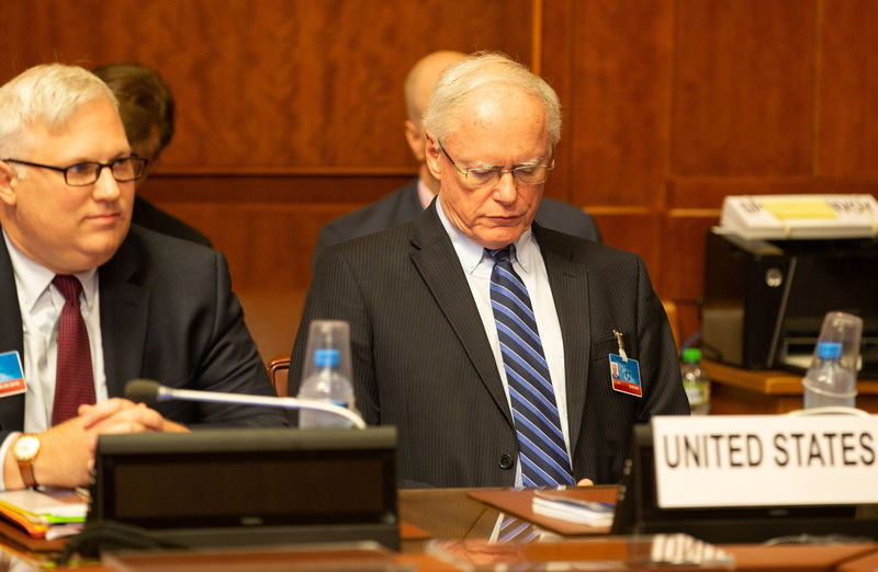 © Reuters. Спецпредставитель США по Сирии Джеймс Джеффри во время консультаций по Сирии в штаб-квартире ООН в Женеве