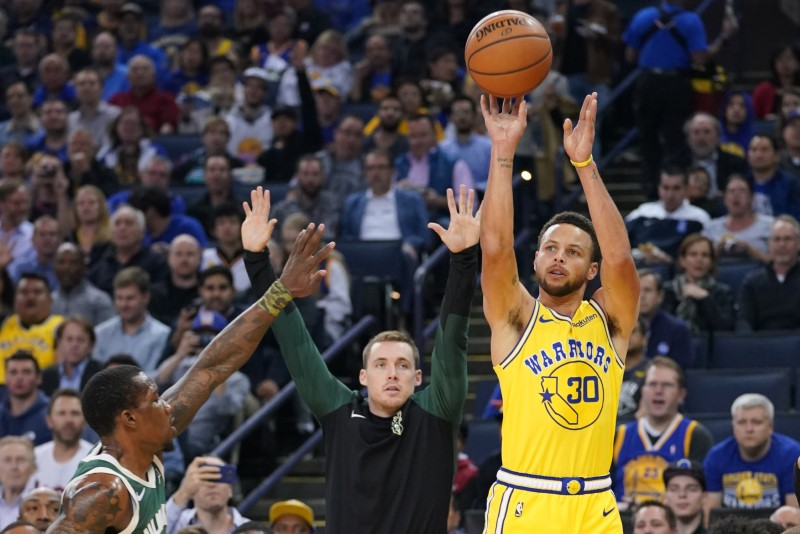 © Reuters. NBA: Milwaukee Bucks at Golden State Warriors