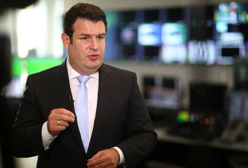 Arbeitsminister Heil pocht auf Nutzen der KI
