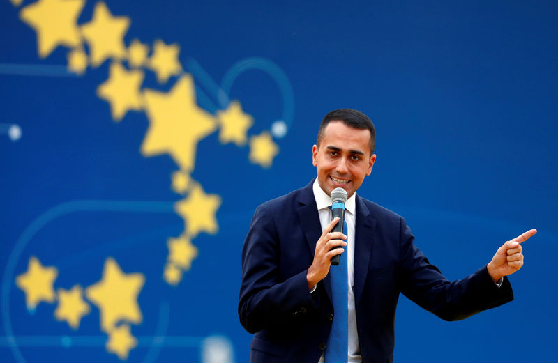 Italy government looking to avoid EU sanctions on budget