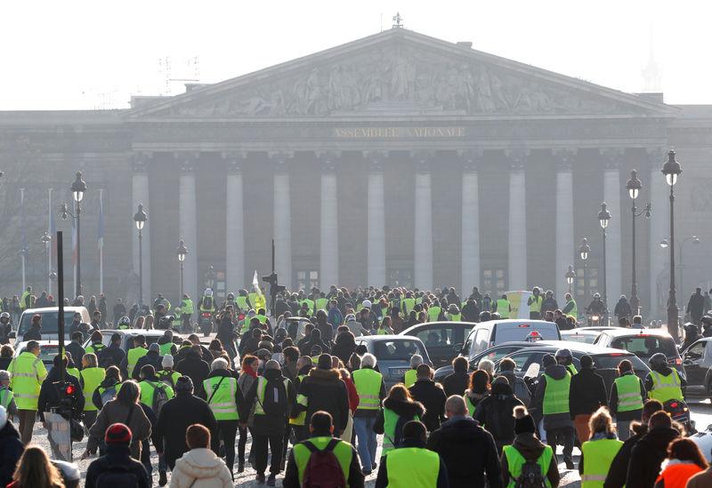 """Le gouvernement ne fléchira pas devant les """"Gilets jaunes"""""""