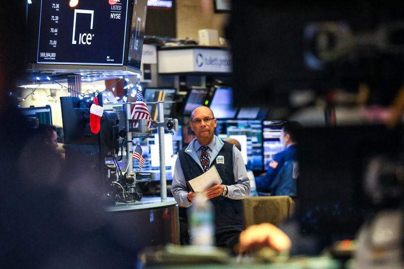 Rebond spectaculaire de Wall Street, record du Dow en points