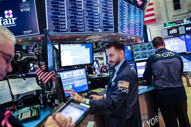 U.S. retirees try to keep cool as stocks tumble