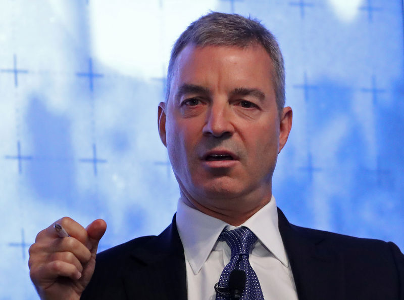 © Reuters. FILE PHOTO:  Hedge fund manager Daniel Loeb speaks during a Reuters Newsmaker event in New York