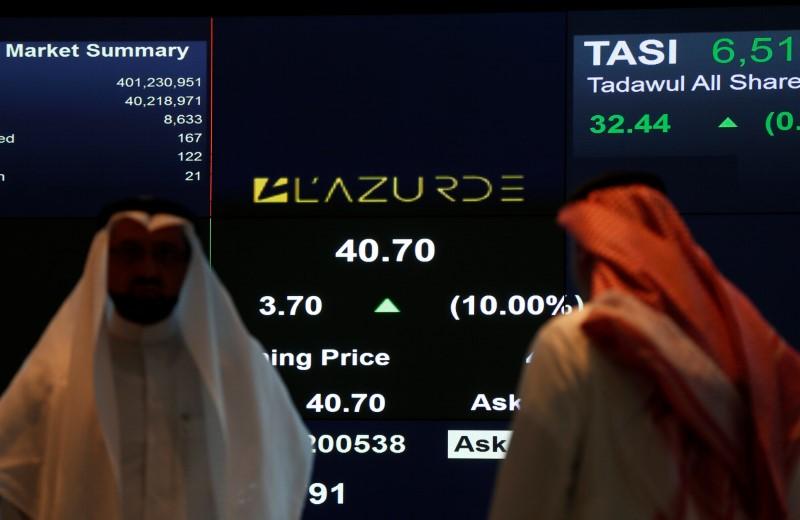 © Reuters. البورصة السعودية ترتفع لأعلى مستوياتها في 5 أشهر بدعم من النفط