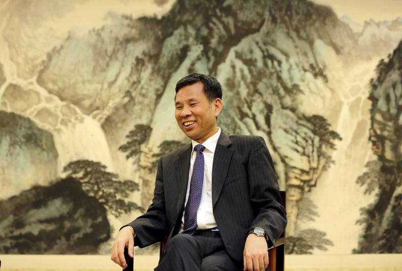 © Reuters. Chinese Finance Minister Liu Kun speaks during an interview with Reuters at the Ministry of Finance in Beijing