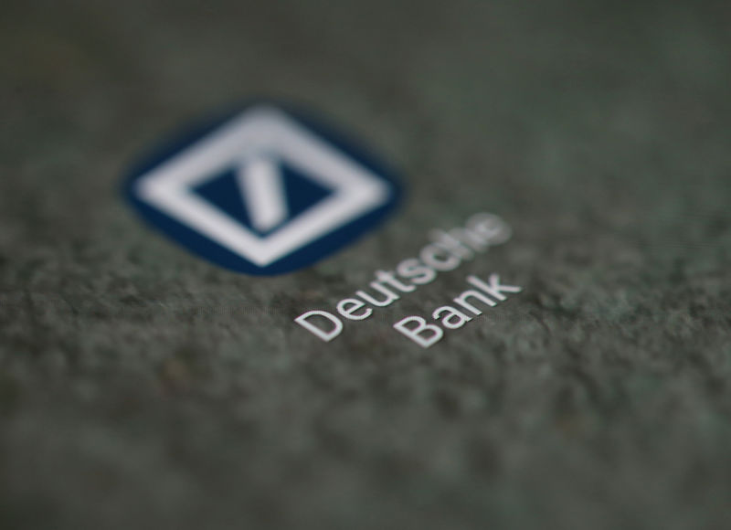 © Reuters. FILE PHOTO: The Deutsche Bank app logo is seen on a smartphone in this illustration