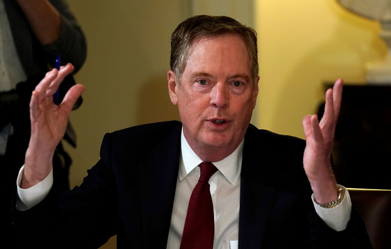 © Reuters. U.S. Trade Representative Robert Lighthizer speaks at the White House in Washington