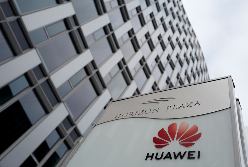 © Reuters. FILE PHOTO: Logo of Huawei is seen in front of the local offices of Huawei in Warsaw