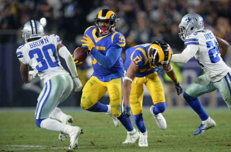 © Reuters. NFL: NFC Divisional Playoff-Dallas Cowboys at Los Angeles Rams