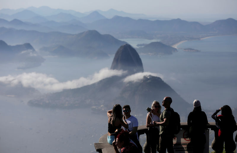 Brazil plans to drop visas for Americans to boost tourism: minister