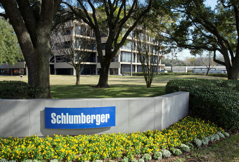 © Reuters. The exterior of a Schlumberger Corporation building is pictured in West Houston