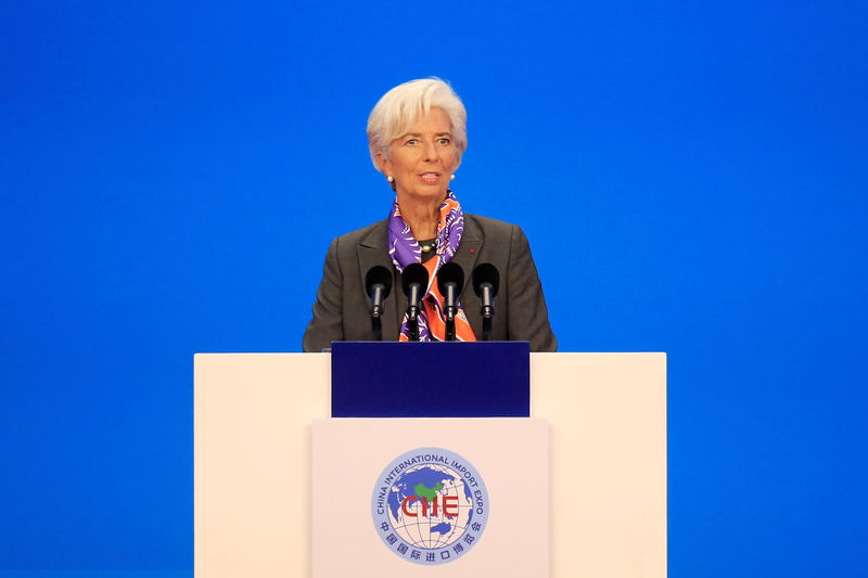 © Reuters. International Monetary Fund (IMF) Managing Director Christine Lagarde speaks at the opening ceremony for the first China International Import Expo (CIIE) in Shanghai