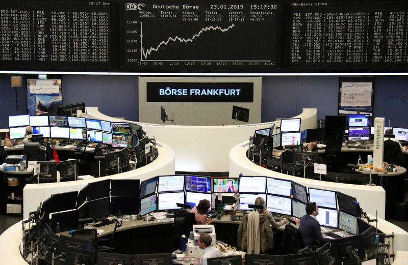 © Reuters. The German Stock Index (DAX) on the Frankfurt Stock Exchange