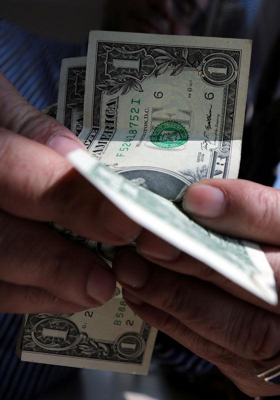 © Reuters. تدفقات النقد الأجنبي لمصر أكثر من 163 مليار دولار في 3 سنوات